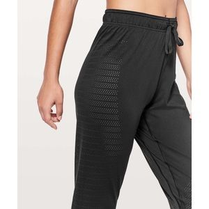 Lululemon• Breeze By Jogger Pant Squad A2